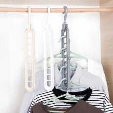 Pluto Plastic Hanger Non-Slip Hanger Space Saving Clothes Hangers for Clothes...