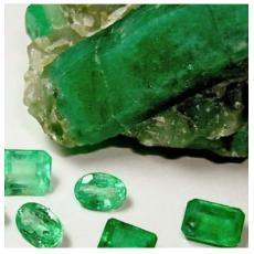 Emerald pure gem stone