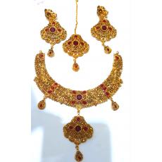 Golden Jewellery Set for Bridals