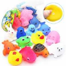 8 pcs Cute Soft Rubber Sqeeze Float Sound Toys