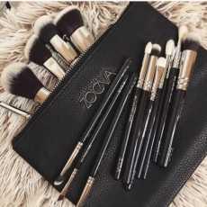 ZOEVA 15 Piece Makeup Brushe Pouch