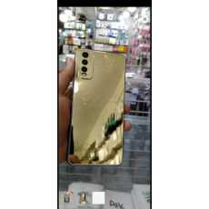 New vivo Y20 golden cover available back