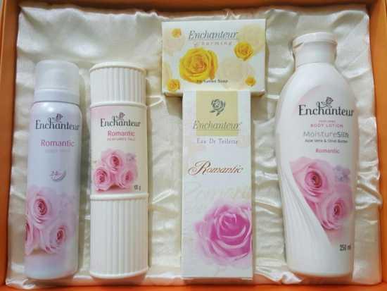 Romantic( GIFT SET): Body mist,perfumed Talc,Eau De Toilette,Body...