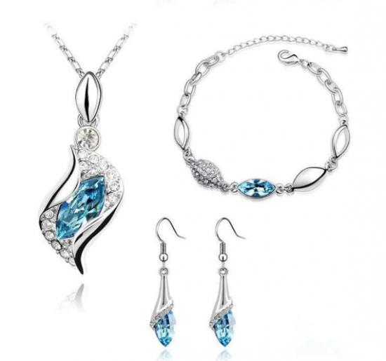 Elegant Design Silver Plated Austrian Crystal Jewelry Set