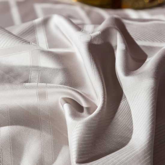 4 Pcs Quilt Cover Set- Jacquard Bedding Set Kelly- King Size Bedsheets Set