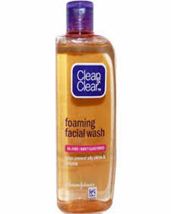 Clean and Clear Foaming Face Wash - 100ml
