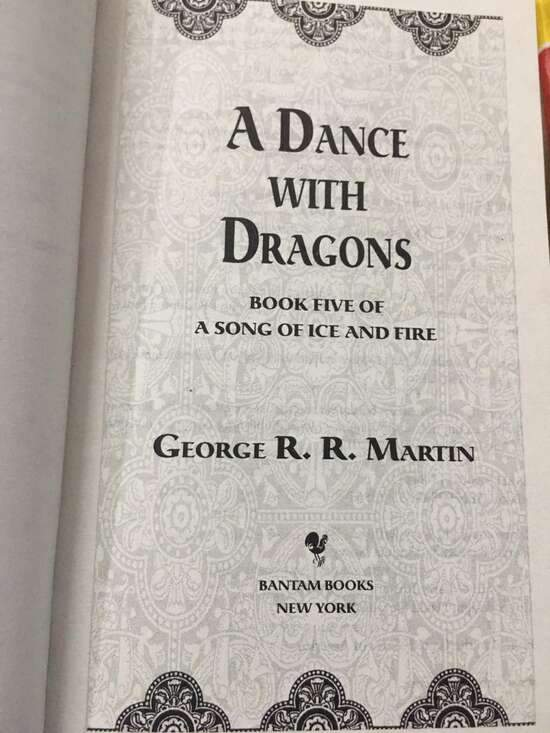 A Dance With Dragons (A Song Of Ice And Fire) Complete Book 5/5 Game Of...