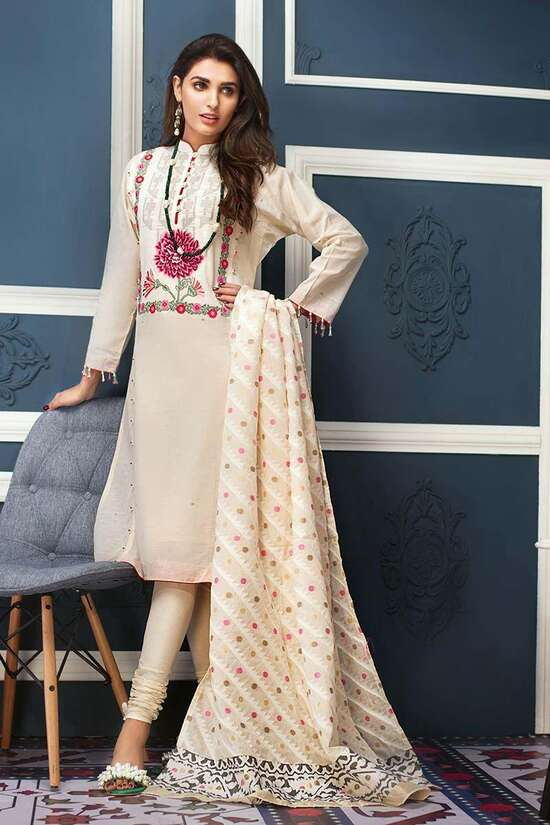 MJ-05 Embroidered Three Piece Lawn Collection